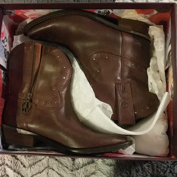 53a20595c362 Lucky Brand Chantel ankle booties